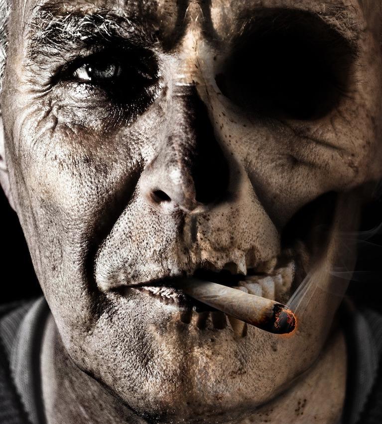 smoking-1418483_1920